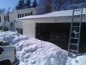 Minneapolis MN Roof Snow Removal
