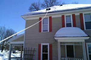 Minneapolis MN Roof Raking Service